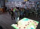 Książki o Pszczółkach - lekcja biblioteczna dla najmłodszych_24