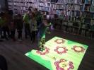 Książki o Pszczółkach - lekcja biblioteczna dla najmłodszych_30