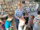 Książki o Pszczółkach - lekcja biblioteczna dla najmłodszych_37