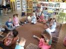 Smerfy w bibliotece lekcja biblioteczna_8
